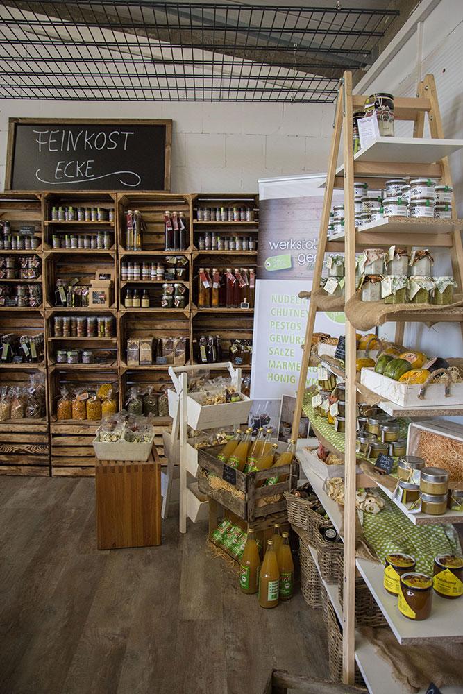 Hofladen mit Eigenprodukten der Werkstatt für Genuß