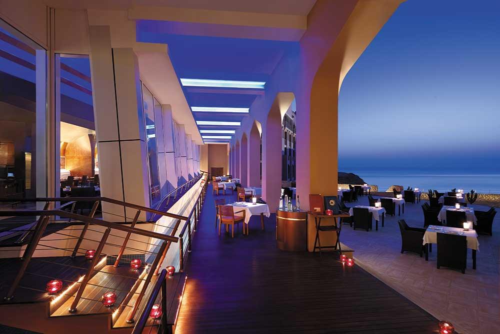 Shangri-La Maskat – Restaurant mit Meerblick