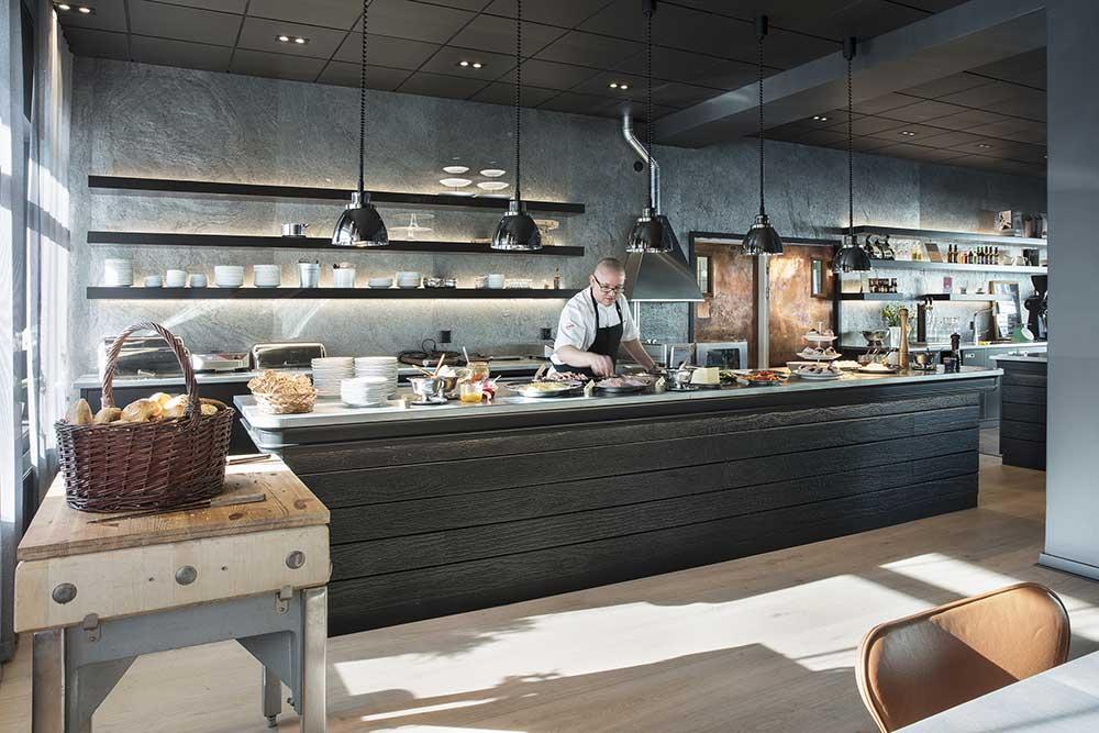Restaurang MAT – Blick in die offene Küche