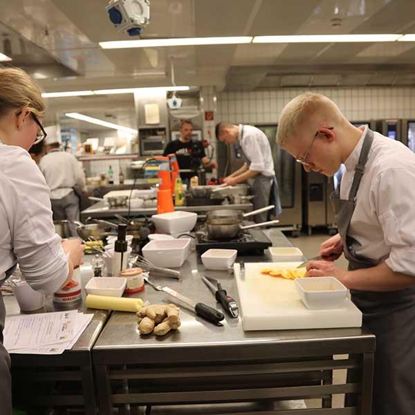 CHEFS TROPHY KARRIERE Make or Buy Wettbewerb Küche