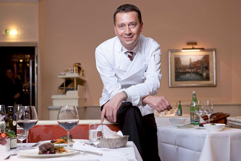 Grand Elysée, Hamburg: Küchendirektor und Top-Ausbilder Peter Sikorra