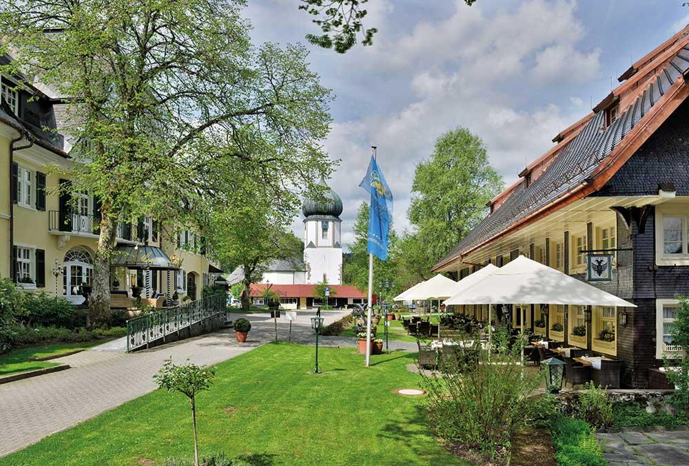 Parkhotel Adler, Hinterzarten: Schwarzwaldhaus und Haupthaus