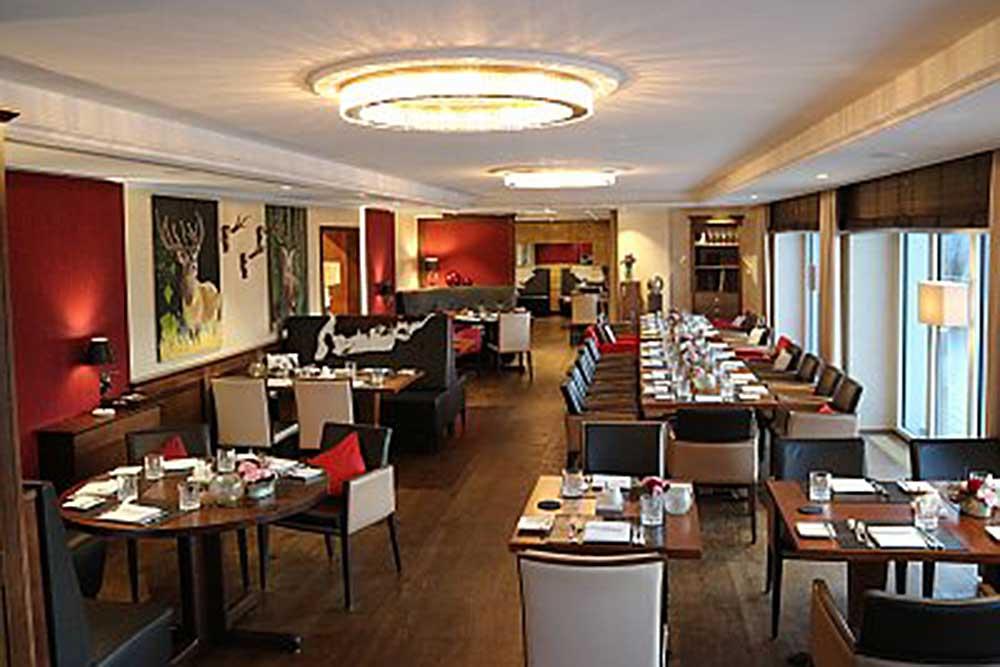Burg Staufeneck: Blick ins Restaurant