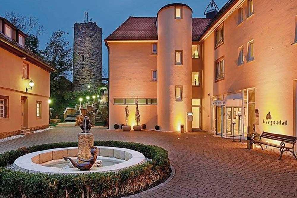 Historisches Anwesen Burg Staufeneck (Salach bei Göppingen)
