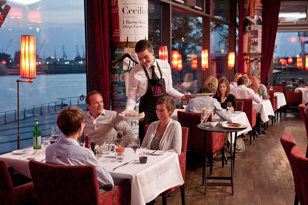CARLS an der Elbphilharmonie (Hamburg): Restaurant Brasserie mit Hafenblick